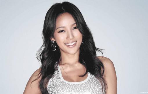 Lee Hyori hứa hẹn khuynh đảo làng nhạc Hàn Quốc