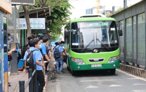 Không có việc xe buýt tạm ngưng hoạt động từ ngày 15/8