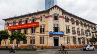"""Giám đốc Sở Văn hóa - Thể thao TPHCM: """"Không thể tháo dỡ tòa nhà Sở Hỏa xa''"""