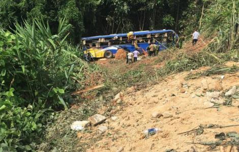Xe khách rơi xuống vực, 7 người tử vong, 29 người bị thương