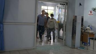 20 côn đồ hùng hổ vào Bệnh viện Gia Định lấy cây treo dịch truyền làm hung khí