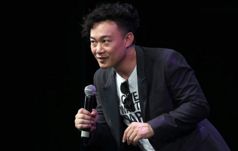 Đêm nhạc Trần Dịch Tấn: Không có khán giả nhưng có 7 triệu trái tim