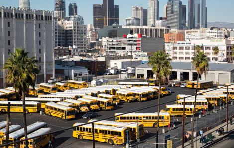 Hai khu học chánh lớn tại California đóng cửa vì COVID-19