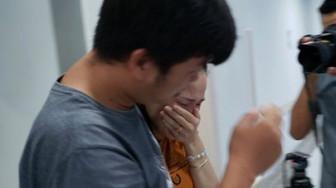 Các bác sĩ Bệnh viện Nhi Đồng Thành phố đang mổ tách hai bé sinh đôi dính nhau