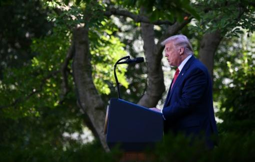 Tổng thống Mỹ bãi bỏ ưu đãi thương mại với Hồng Kông