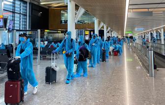Muốn về nước tránh COVID-19, người Việt ở nước ngoài bị lừa mua vé máy bay giả