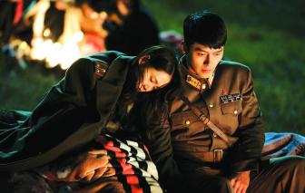 Hyun Bin: Giản dị và lặng lẽ sau ánh hào quang