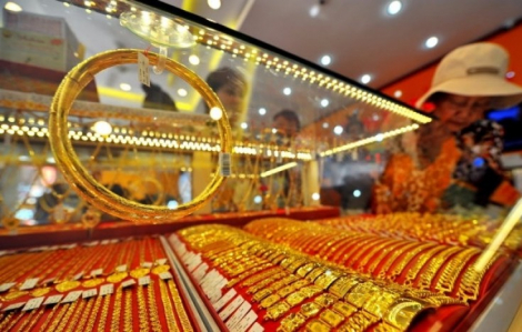 Giá vàng tiến sát mốc 55 triệu đồng/lượng