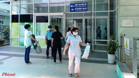 Bác sĩ Chợ Rẫy ra Đà Nẵng hỗ trợ điều trị cho bệnh nhân nghi nhiễm COVID-19 diễn tiến nặng