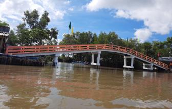 Thêm một cây cầu giao thông nông thôn được trao tặng