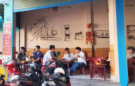 Ngay tâm điểm dịch COVID-19, người Đà Nẵng vẫn thờ ơ với khẩu trang