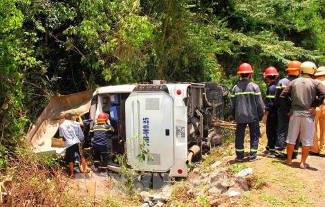 Vụ tai nạn khiến 15 người chết ở Quảng Bình: Tài xế chỉ có bằng B2