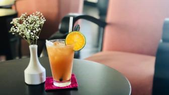 Pha chế và thưởng thức cocktail chuẩn 5 sao tại nhà
