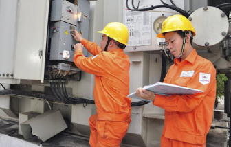 Chỉ số tiêu dùng tháng 7 tăng theo giá xăng, điện