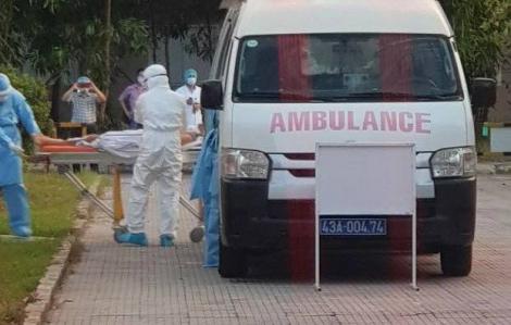 Hai bệnh nhân COVID-19 từ Đà Nẵng được chuyển ra Huế điều trị trong tình trạng phải thở máy