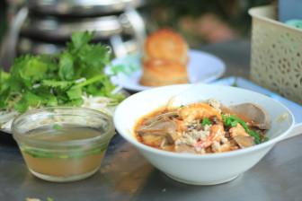 3 quán hủ tiếu có tuổi đời hơn nửa thế kỷ ở trung tâm Sài Gòn