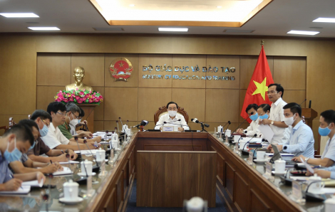 Bộ GD-ĐT họp trực tuyến với 63 tỉnh thành về tổ chức thi tốt nghiệp THPT