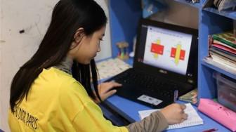 Nhiều trường tư dời lịch tựu trường, triển khai dạy online