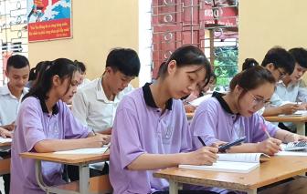 """Thủ tướng Nguyễn Xuân Phúc: """"Bộ GD-ĐT quyết định về kỳ thi tốt nghiệp THPT"""""""