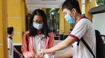 Các tỉnh có bệnh nhân dương tính với COVID-19 tổ chức thi tốt nghiệp thế nào?