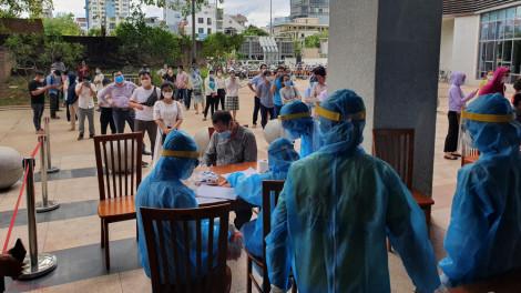 8 bệnh nhân COVID-19 ở Đà Nẵng, Quảng Ngãi đã âm tính lần 1