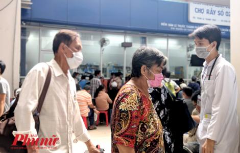 Khả năng lây nhiễm SARS-CoV-2 từ bác sĩ ở Đồng Nai cho đồng nghiệp TPHCM rất thấp