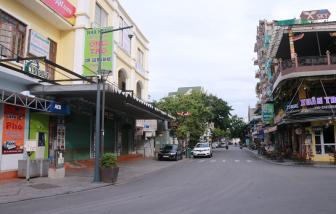Chưa có lệnh cấm, nhiều nhà hàng tại Huế tự đóng cửa ngừa COVID-19