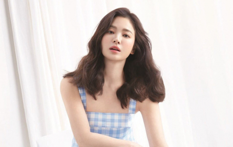 """""""Nàng thơ"""" Song Hye Kyo: """"Niềm tin và tình yêu sẽ chiến thắng COVID-19"""""""