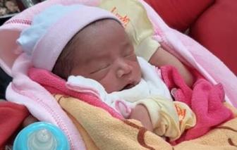 Hai bé trai mới sinh bị bỏ rơi ở Bình Dương