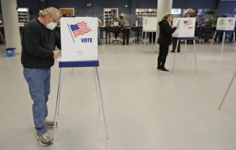 Tình báo Mỹ: Nga, Trung Quốc can thiệp vào bầu cử tổng thống Mỹ