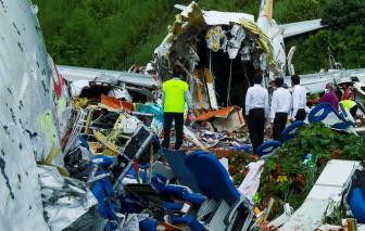 Vụ rơi máy bay kinh hoàng ở Ấn Độ: Lời của những người thoát cửa tử