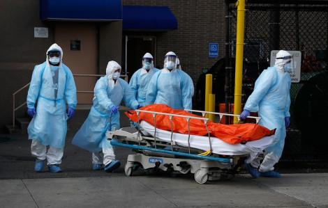 COVID-19 sáng 9/8: Brazil hơn 100.000 người chết, hàng chục ngàn nữ nhân viên y tế Ấn Độ đình công