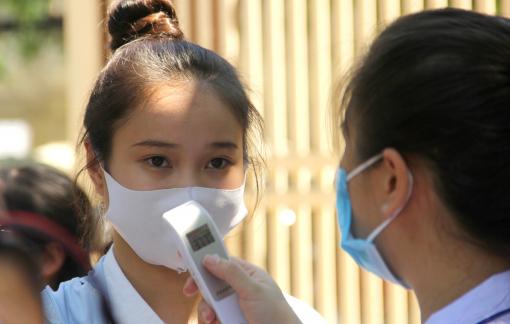 Nữ sinh ngất xỉu, phải nhập viện cấp cứu trước giờ thi toán