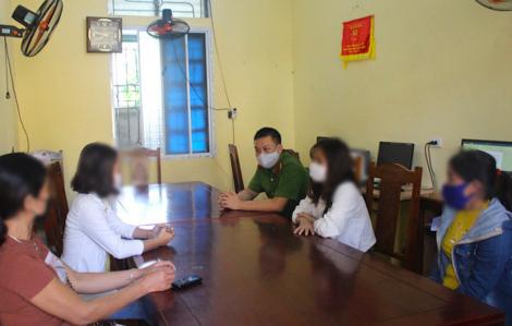 Giải cứu 2 thiếu nữ bị ép phục vụ trong quán karaoke