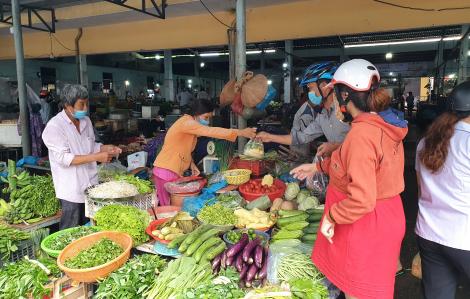 Đà Nẵng tính đến phương án mỗi gia đình cách 3 ngày mới đi chợ một lần