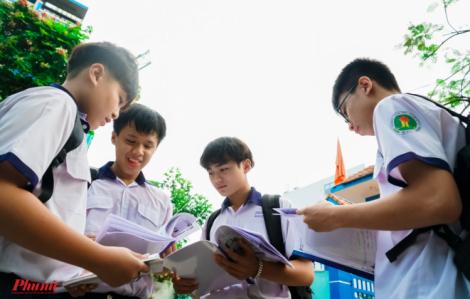 Nóng: TPHCM công bố điểm chuẩn vào lớp 10