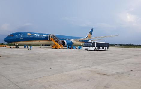 Sẽ có 3 chuyến bay chở 700 du khách mắc kẹt ở Đà Nẵng về Hà Nội và TPHCM