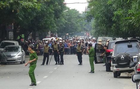 Tử hình trùm ma túy ôm bình gas, lựu đạn cố thủ khi bị công an vây bắt