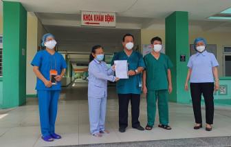 Bệnh nhân COVID-19 thứ 5 tại Bệnh viện Phổi Đà Nẵng được ra viện