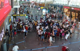 Du khách từ Đà Nẵng muốn về phải đăng ký qua Sở Du lịch