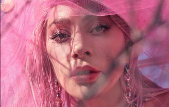 Lady Gaga thừa nhận không thể kiểm soát bản thân