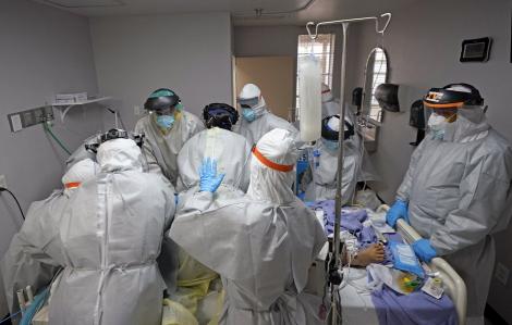 Trong 43 ngày, thế giới từ 10 triệu lên 20 triệu ca nhiễm, hơn 728.000 người chết do COVID-19