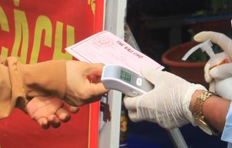 """Ngày đầu đi chợ """"xanh, đỏ"""" ở Đà Nẵng: Còn quá lộn xộn"""