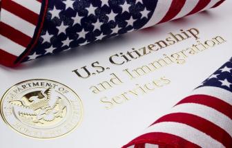 """""""Công dân Mỹ"""" không còn là mục tiêu hấp dẫn người nhập cư?"""