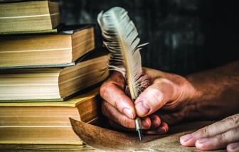 Truyện ngắn - Quyển tiểu thuyết