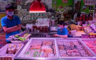 """Đến lượt người dân Trung Quốc """"kỳ thị"""" thực phẩm nhập từ nước ngoài"""