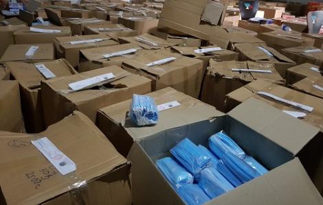 Phát hiện gần 900 ngàn chiếc khẩu trang y tế không rõ nguồn gốc xuất xứ