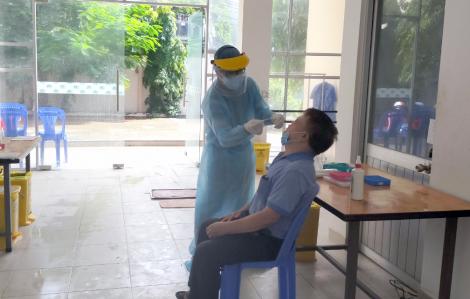 Vì sao 63 người tiếp xúc gần với người Trung Quốc nhiễm COVID-19 không phải cách ly tập trung?