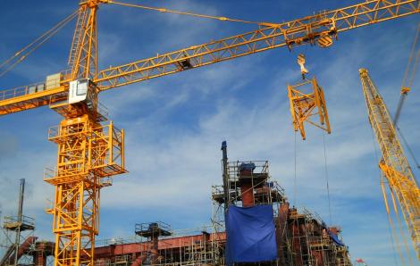 TPHCM tăng cường rà soát cấp phép xây dựng, đặc biệt quy định dùng cần trục tháp tại công trình