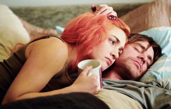 'Eternal Sunshine of the Spotless Mind': Xóa bỏ ký ức hay tìm lại tình yêu?